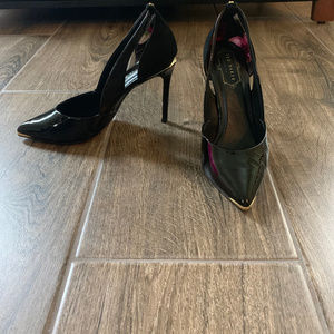 Ted Baker London Black heels with Gold detail.